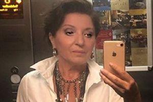 """""""JEDVA DIŠEM"""": Mira Karanović se za crveni tepih u Sarajevu utegla DA SVE PUCA, a linija nikad bolja"""