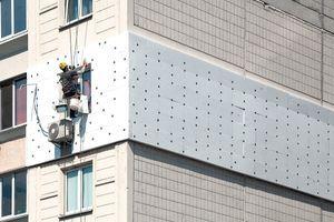 U NOVOGRADNJI NEMA VIŠE PLUTE I TRSKE Novi standardi gradnje podrazumevaju i drugačije materijale