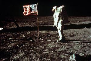 Zašto ljudi i dalje misle da je sletanje na Mesec PREVARA, a evo kako je nastala PRVA TEORIJA ZAVERE