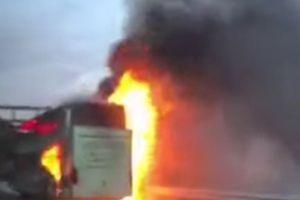 VATRENA BUKTINJA Češki autobus sa 49 putnika zapalio se u Hrvatskoj, kilometarske kolone vozila na autoputu (VIDEO)