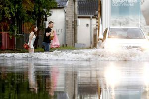 Nezapamćeni prizori poplava na ulicama Beograda - i još nije gotovo