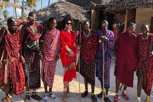 """""""KRADU SVE ŠTO STIGNU!"""" Lidija Vukićević otišla u Afriku i upoznala Masai pleme, pa otkrila ŠTA JU JE SNAŠLO"""