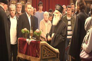 ODRŽAO LITURGIJU U SABORNOM HRAMU Posle nekoliko nedelja patrijarh Irinej ponovo u javnosti