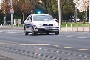 SAOBRAĆAJNA NESREĆA KOD POREČA Vozač (24) BMW-a se zakucao u policiju, poginula jedna osoba