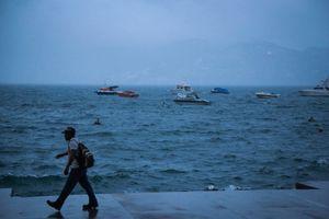 Uragan ojačao, sve bliži Bermudima