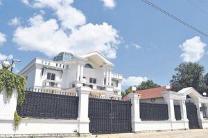 """""""NAJBOLJA LUKS NEKRETNINA"""" koja se u Novom Sadu prodaje za 1, 3 miliona evra je pripadala POZNATOM NOVOSAĐANINU"""