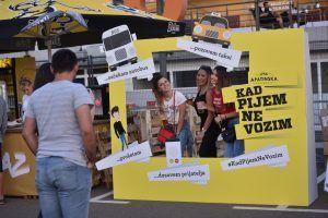 """Apatinska pivara tokom """"ULAZ"""" festivala podsećala na značaj bezbedne i sigurne vožnje"""
