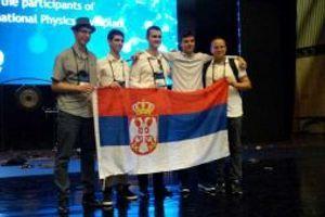 Dve srebrne i tri bronzane medalja za srpske srednjoškolce
